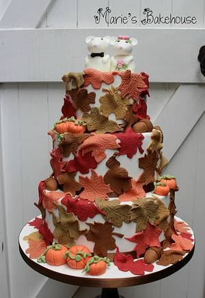 Mice wedding cake for Fairytale Forest - Cake by Marie's Bakehouse