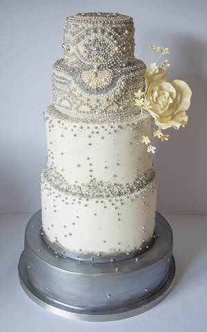 Beads beads beads! silver pearl and yellow wedding cake - Cake by Happyhills Cakes