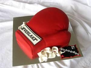 Knockout  - Cake by Trine Skaar