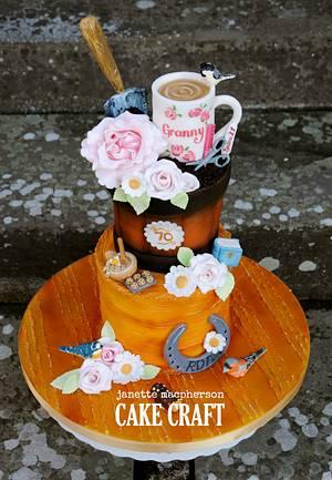 Mum's 70th Birthday Cake - Cake by Janette MacPherson Cake Craft