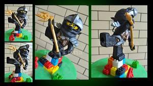 Ninjago Kick - Cake by tessatinacakes