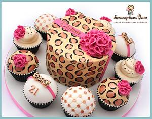 Big Cake Little Cakes : Leopard Lush - Cake by Scrumptious Buns