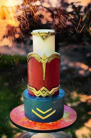 Wonder Woman Tiara Cake  - Cake by Liz Marek