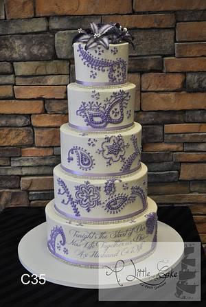 Gorgeous Buttercream Wedding Cake - Cake by Leo Sciancalepore