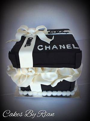 Chanel Gift Box - Cake by Cakes By Rian