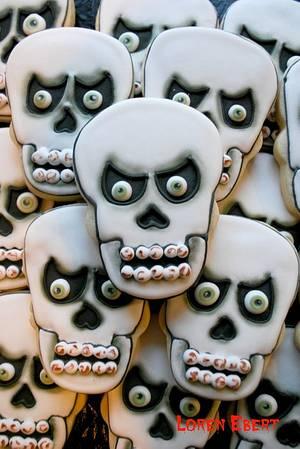 Scariest Skull Cookies EVER! - Cake by Loren Ebert