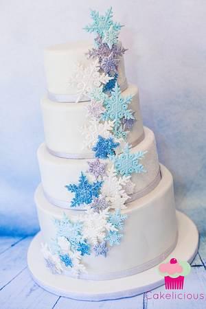 Winter Wonderland Wedding Cake - Cake by Rebekah Naomi Cake Design