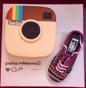 Instagram & Vans - Cake by Dasa