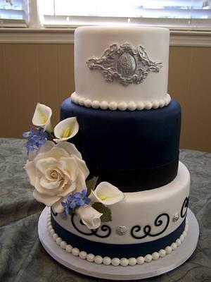 Ebony and Ivory - Cake by Theresa