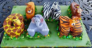 JUNGLE THEME BIRTHDAY - Cake by Enza - Sweet-E