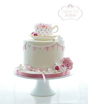 Teacup Cake  - Cake by Cakes by Sian