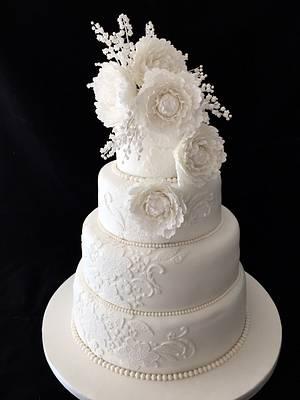 White peony and lace wedding cake - Cake by Galatia