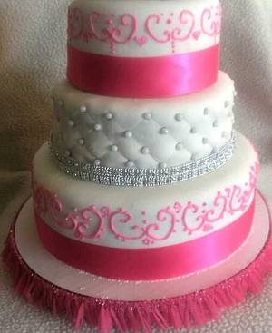 quinceanera cake - Cake by amber hawkes