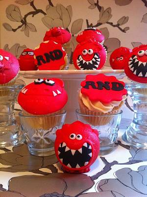 Red Nose Cuppies  - Cake by Chrissy Faulds