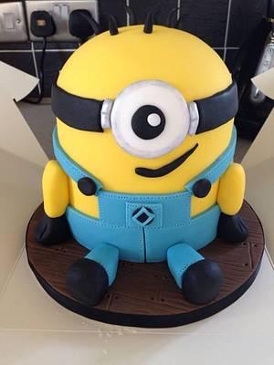 My Minion  - Cake by Hayleycakes1
