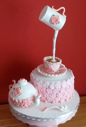 Pretty pink Gravity cake - Cake by Jacqui's Cupcakes & Cakes