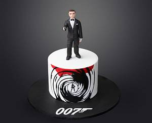 A date with 007 - Cake by Kidacity