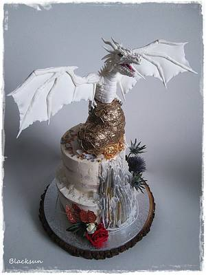 Dragon wedding cake - Cake by Zuzana Kmecova