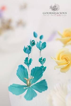Sugar flower - Cake by Sara & Soha Cakes - i.e. Gourmelicious