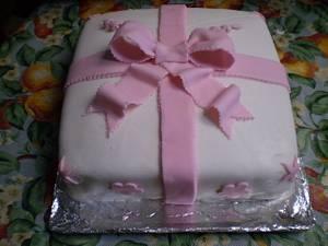 Wilton Course Three Final Cake-Gift Cake - Cake by Roxanne