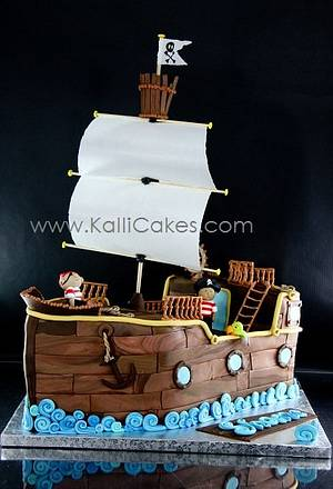 Pirate Ship - Cake by Andrea