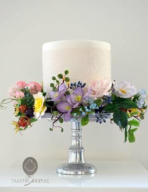 flower wreath - Cake by Taart en Deco