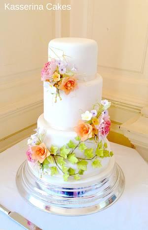 4 tier Harvest flowers cake - Cake by Kasserina Cakes