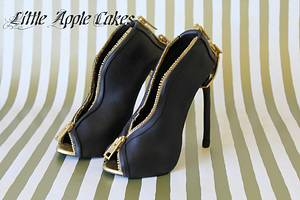 Nighttime Chic Sugar Shoes ~ From Inspirations ~ To Creation  - Cake by Little Apple Cakes