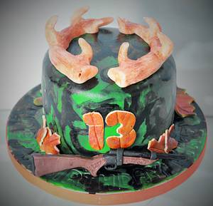 Hunting cake - Cake by Not Your Ordinary Cakes
