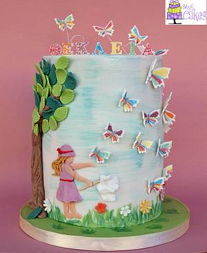 Chasing butterflies.. - Cake by M&G Cakes