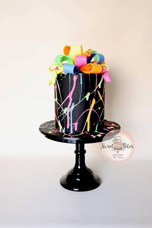 Art glow in the dark cake - Cake by Sweet Bites by Ana