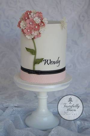 The Wendy cake - Cake by Marianne: Tastefully Yours Cake Art