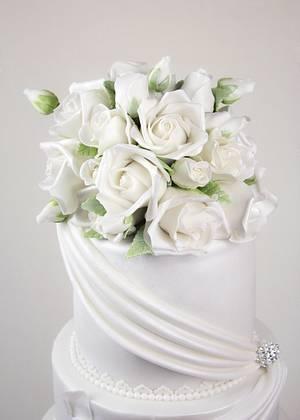 Cake Flowers - Cake by Cesar Renteria Cakes