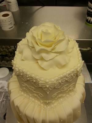 Ivory Wedding cake  - Cake by Danielle