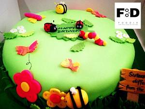 Bugs in a garden - Cake by FoodieBakes