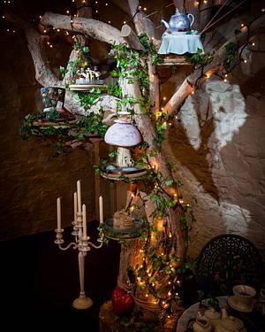 Alice in Wonderland Cake Tree - Cake by Kathryn