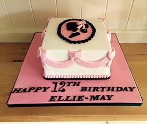 Vintage barbie silhouette cake  - Cake by Samantha clark