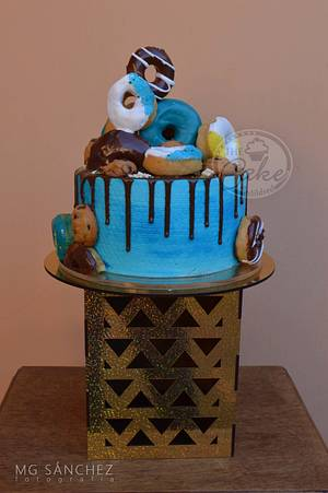 Chocolate Drip, donuts and cookies - Cake by TheCake by Mildred