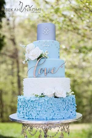 Roses and Pearls Wedding Cake - Cake by Rebekah Naomi Cake Design