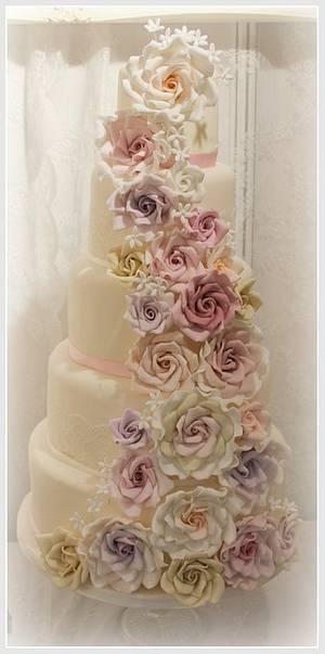 Rose cascade 5 tier  - Cake by Diane Hunt