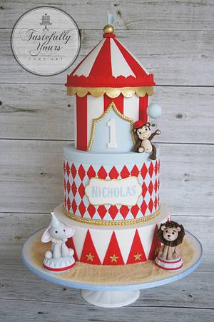 Circus bigtop - Cake by Marianne: Tastefully Yours Cake Art