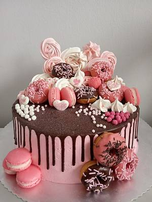 Pink chocolate cake - Cake by LanaLand