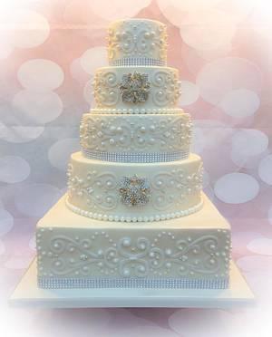 Diamonds and Pearls Wedding Cake - Cake by Cakexstacy