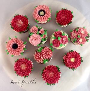 Buttercream Flowers - Cake by Deepa Pathmanathan