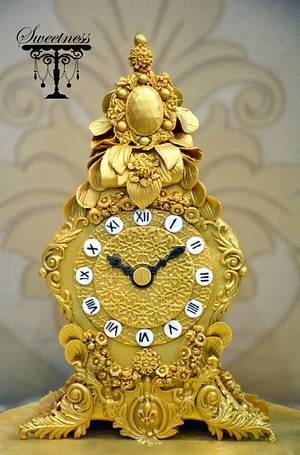 A Royal Vintage Clock Cake - Cake by khushi