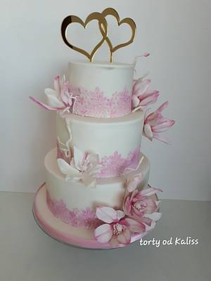 Wedding with magnolias - Cake by Kaliss