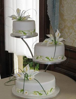 calla lily wedding  - Cake by d and k creative cakes