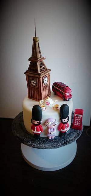 London - Cake by cristinabadea2008