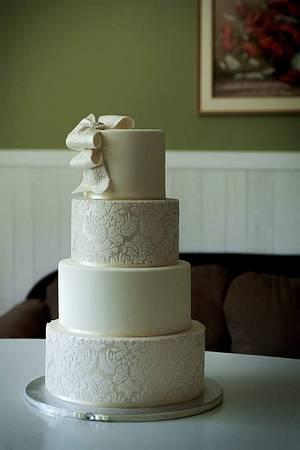 elegant wedding cake  - Cake by laskova