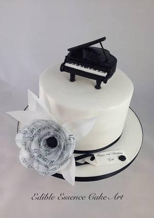 Piano  - Cake by Edible Essence Cake Art